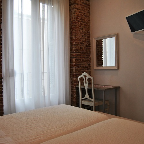 Habitación Doble Superior San Lorenzo Hostal